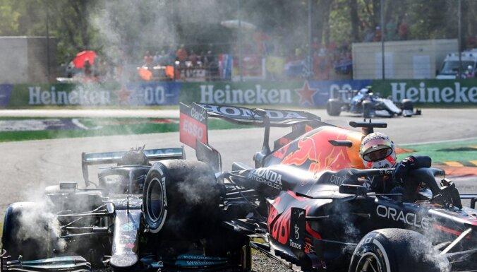 'McLaren' Itālijā tiek pie dubultuzvaras; Verstapenam un Hamiltonam vēl viena sadursme