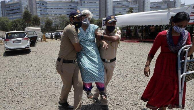 Коронавирус: в Индии зафиксирован новый пик смертей за сутки