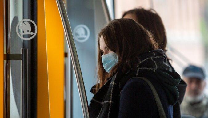 """Правительство возобновило """"масочный режим"""" для пассажиров общественного транспорта"""