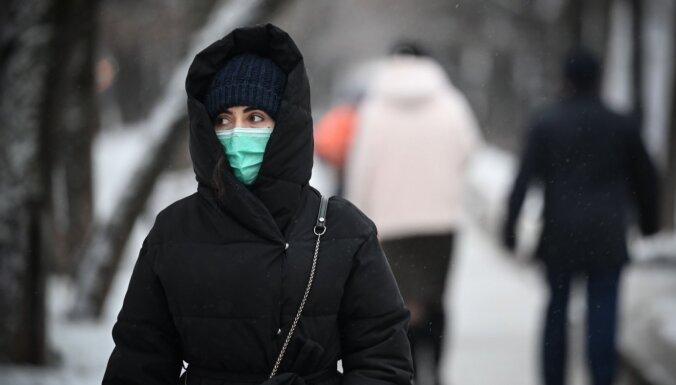 Covid-19: Lietuvā 2450 saslimušo; Krievijā nebijis daudzums jaunu inficēto