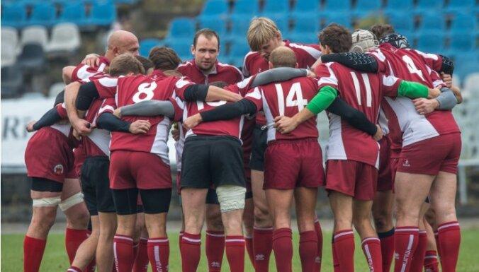 Сборная Латвии в драматичном матче уступила литовцам на чемпионате Европы