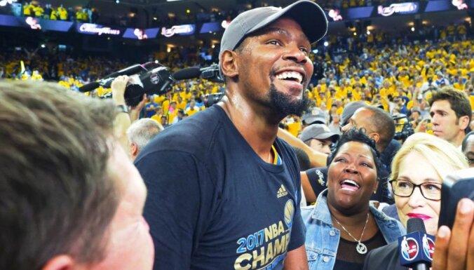 Durants: dažreiz es neciešu visu NBA cirku