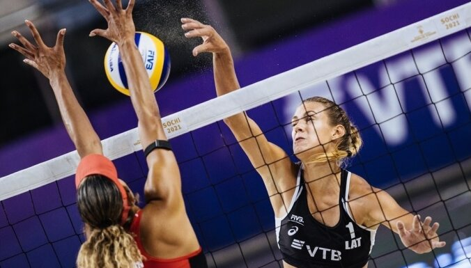 Kravčenoka/Graudiņa zaudē Šveices duetam un Pasaules tūres posmā Sočos spēlēs par trešo vietu