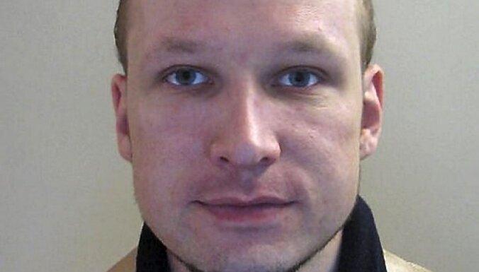 Breiviks plāno sniegt interviju televīzijā vēl pirms tiesas procesa sākuma