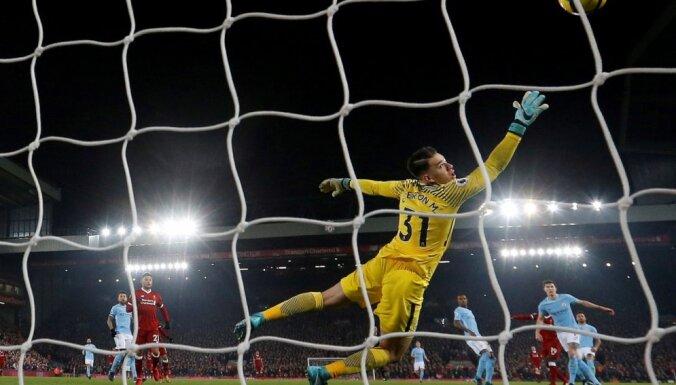 'Liverpool' sagādā Mančestras 'City' pirmo zaudējumu Anglijas futbola premjerlīgā šajā sezonā
