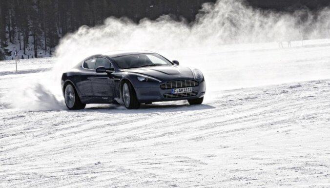 Как не потерять тысячи латов с приходом зимы: советы для автовладельцев