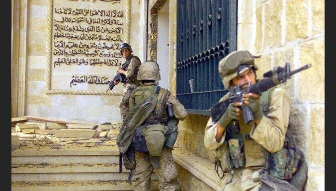 Bijušais britu valdības jurists: iebrukums Irākā bijis pretlikumīgs