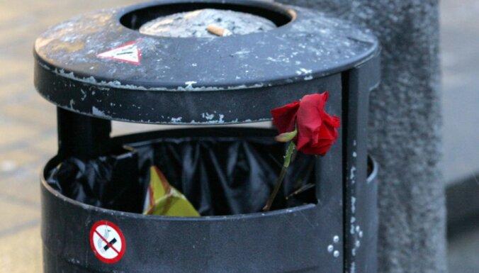 Пьяный мужчина пытался украсть мусорную урну