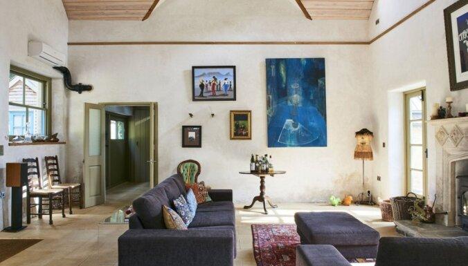 ФОТО: Необычный особняк за €1,9 млн., построенный в здании древнего газового завода