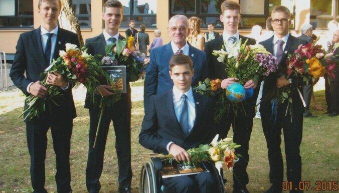6 pakāpieni liedz studentam būt patstāvīgam jeb Gads ratiņkrēslā