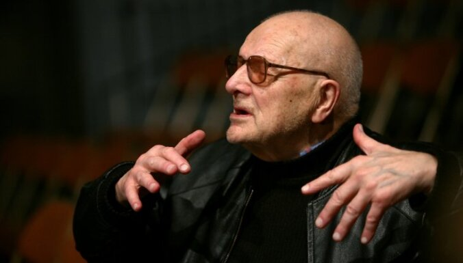 Умер выдающийся латвийский режиссер Ольгерт Кродерс