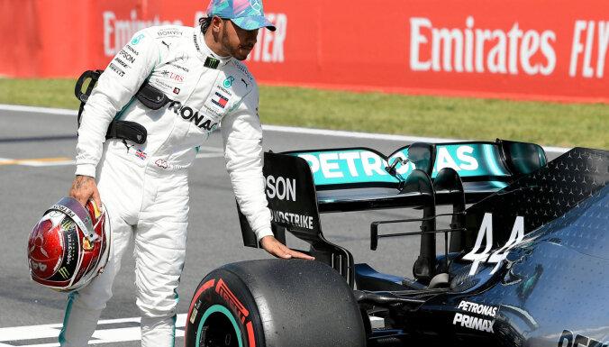 Hamiltons 'Mercedes' automašīnas sauc par fantastiskām
