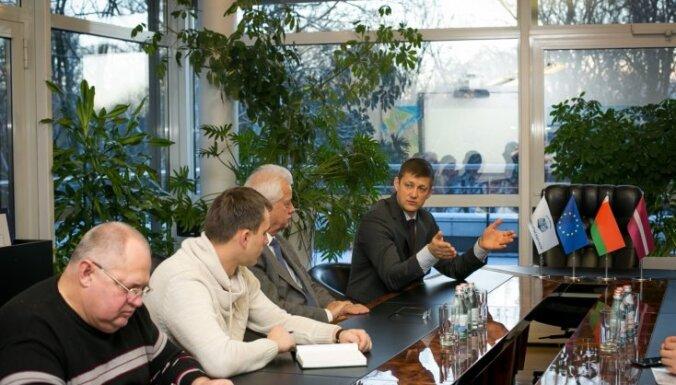 Sadarbība ar Baltkrievijas mežsaimniekiem ļaus Rīgas ostai audzēt kokmateriālu kravu apjomus arī turpmāk
