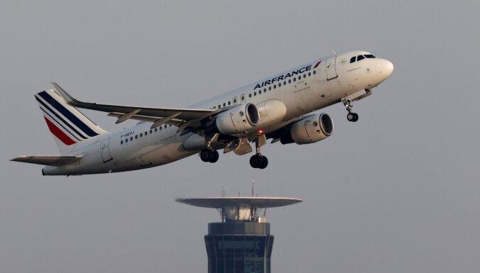 EK apstiprina četru miljardu eiro iepludināšanu aviokompānijā 'Air France'