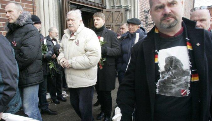 Опрос: половина жителей Латвии поддерживает чествование легионеров