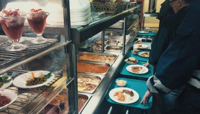 Atrasts Rīgā: 9 lētas un kolorītas ēstuves piedzīvojumu meklētājiem