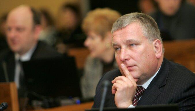 Aicina Saeimu aizsargāt zivju resursus Buļļupē, aizliedzot tajā veikt rūpniecisko zveju