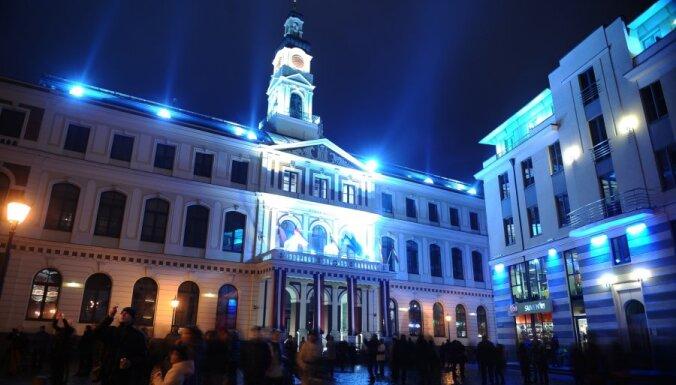За 11 месяцев Ригу посетили 305 000 туристов из России