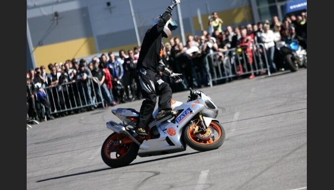 Пошлина на мотоциклы снижена до 24 Ls