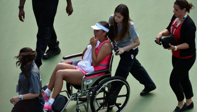US Open: Серена победила Макарову, китаянку увезли с корта на коляске
