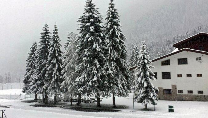 ФОТО, ВИДЕО. На севере Италии выпал первый снег