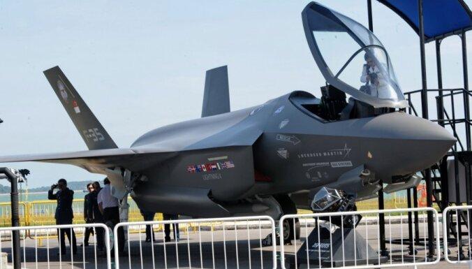 Kļūmes dēļ ASV aptur F-35 lidojumus