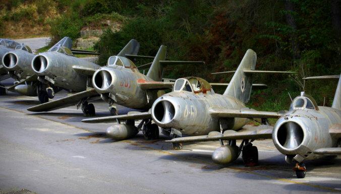 Foto: Padomju iznīcinātāju kapsētu Albānijā pārvērtīs par NATO degvielas bāzi