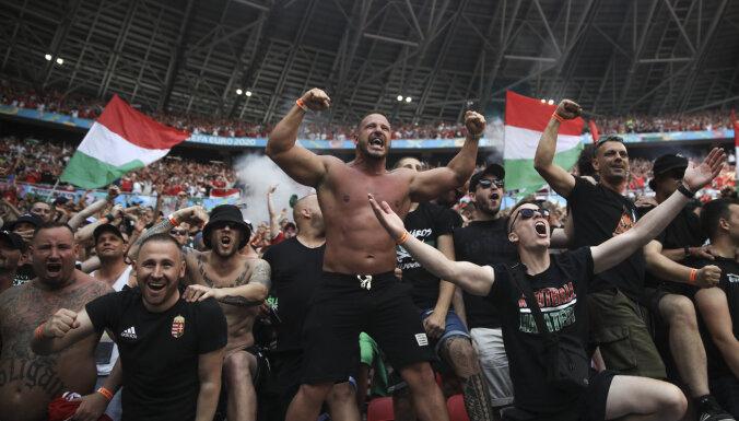 УЕФА наказал Англию и Венгрию за действия фанатов, в Будапеште возмущены штрафом