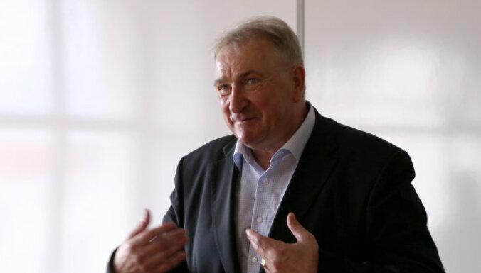 Latvijas okupācijas fakta noliedzēju rindas tagad ir kļuvušas krietni šķidrākas, uzskata vēsturnieks