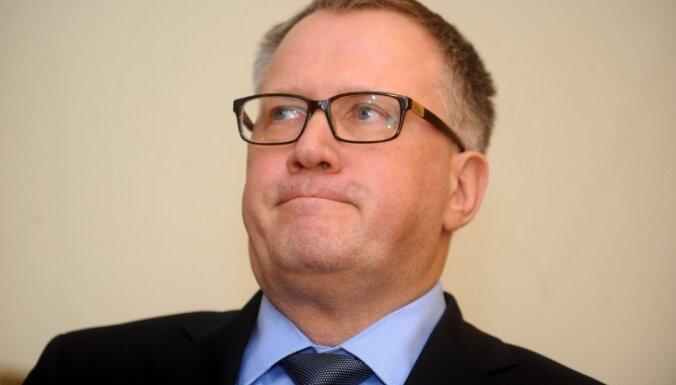Dārgā elektrība: Saeimas opozīcija un neatkarīgie deputāti uzstāda Ašeradenam ultimātu