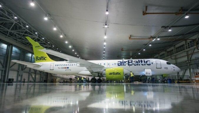 Профсоюзы требуют остановить процесс коллективного увольнения работников airBaltic