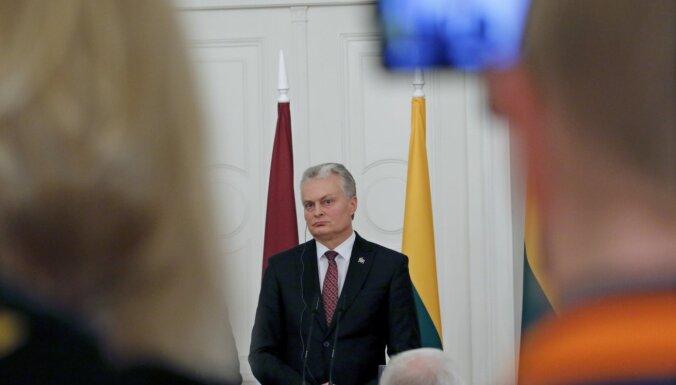 Lietuvas prezidents pārtraucis pašizolāciju