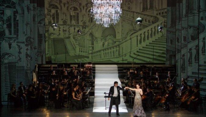 Foto: Latvijas Nacionālajā operā dzirkstī Vecgada koncerti