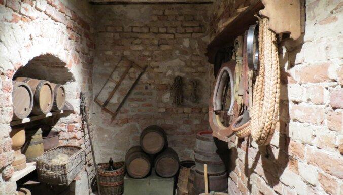 Leons Stiprais: Melngalvju nama pagraba noslēpumi