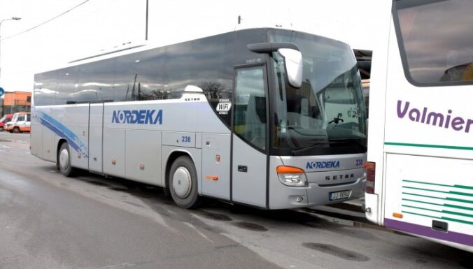 Больной коронавирусом ездил на автобусе между Валкой, Валмиерой и Ригой: ищут пассажиров