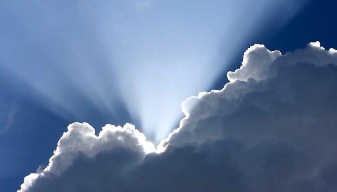 Trešdienas rītā vēl ducinās pērkons; pēcpusdienā vairāk spīdēs saule