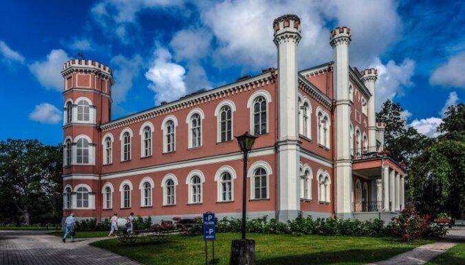 Rekviēms Latvijas muižām. 40 gadu darba augļi apkopoti unikālā enciklopēdijā