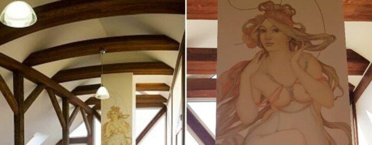 Foto: Marmora kamīns un augsto griestu šarms – dzīvoklis Rīgā ar māksliniecisku gleznojumu