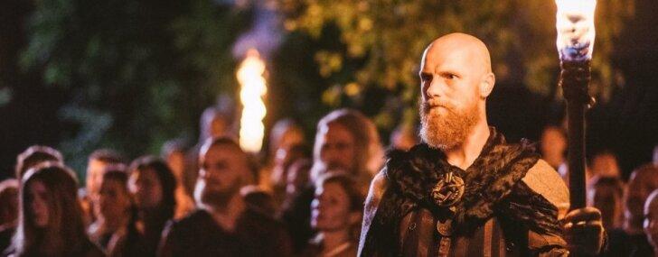 Filmu 'Nameja gredzens' martā rādīs Latvijas novados