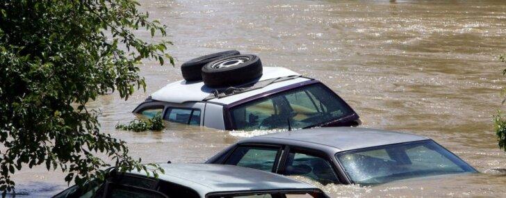 Video: Ciklons 'Josie' izraisījis milzu plūdus Fidži; četri bojāgājušie