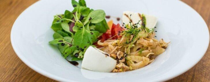 Mocarellas salāti ar fenheli