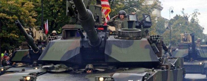 Военный парад в Вашингтоне пройдет без танков