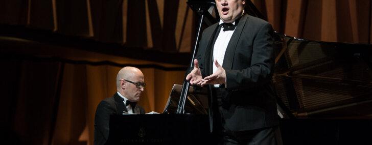Foto: Aleksandra Antoņenko koncerts un Ilzes Avotiņas izstāde Cēsīs