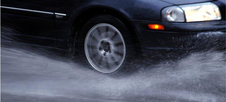 Ūdensvadu avāriju dēļ būs apgrūtināta satiksme Mūkusalas aplī un Kārļa Ulmaņa gatvē