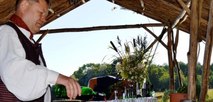Brīvdienu maršruts: Ciemos pie kaimiņiem – Lietuvas vīna galvaspilsēta Anīkšči