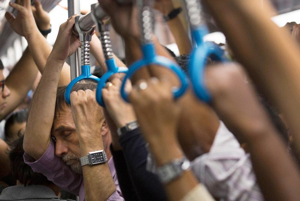 Мы едем, едем, едем. Как люди страдают в час пик в 17-ти разных странах мира (ФОТО)