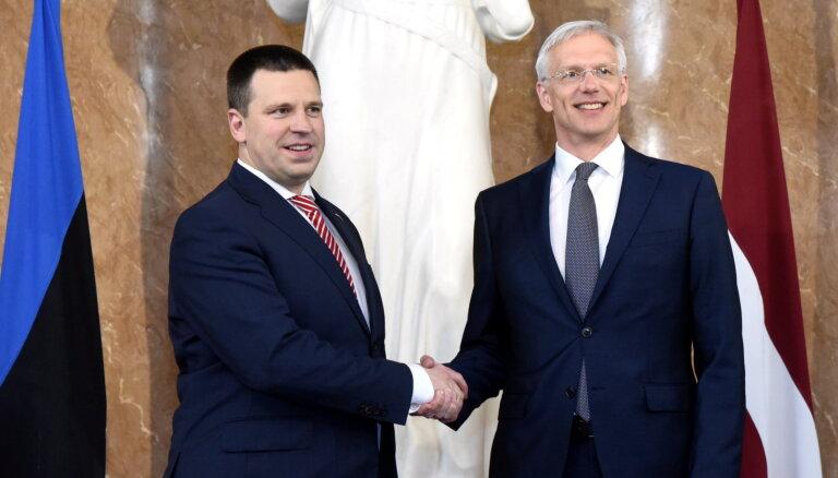 Премьеры Эстонии и Латвии готовы обсудить акциз на алкоголь и хотят мира