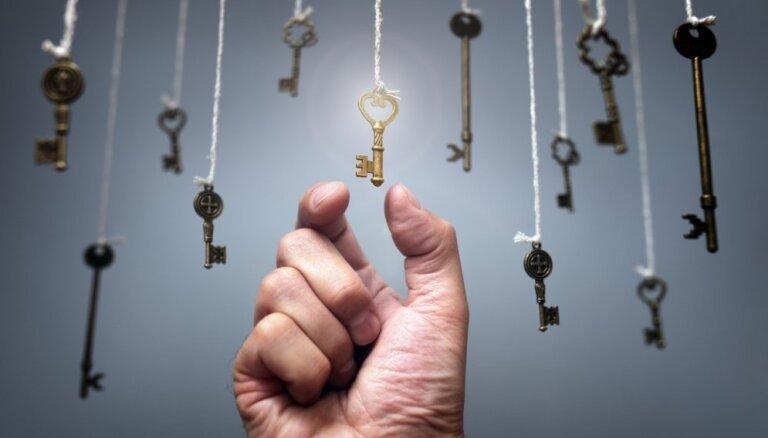 Государство продолжит помогать латвийцам, покупающим жилье в кредит