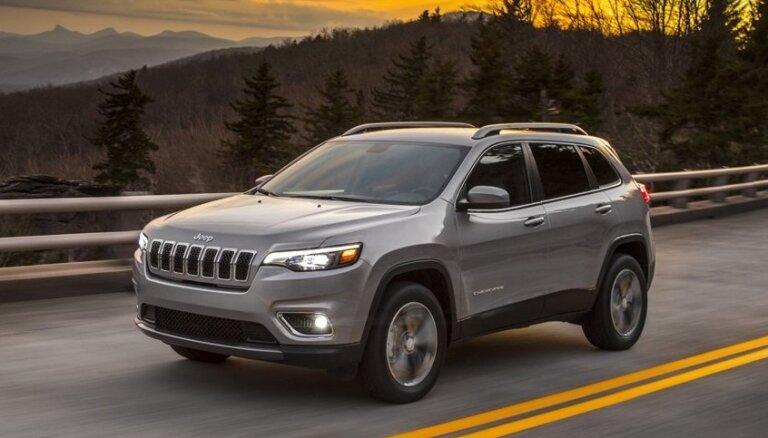 Modernizētais 'Jeep Cherokee' jau ar miermīlīgākiem vaibstiem