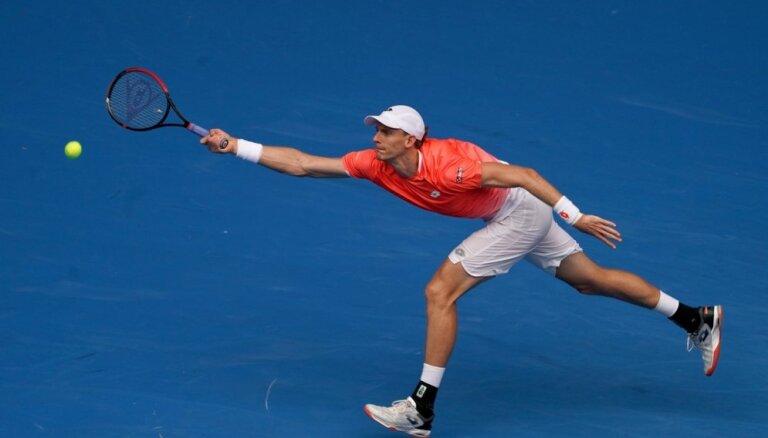 Ar piekto numuru izliktais Andersons zaudē 'Australian Open' otrajā kārtā